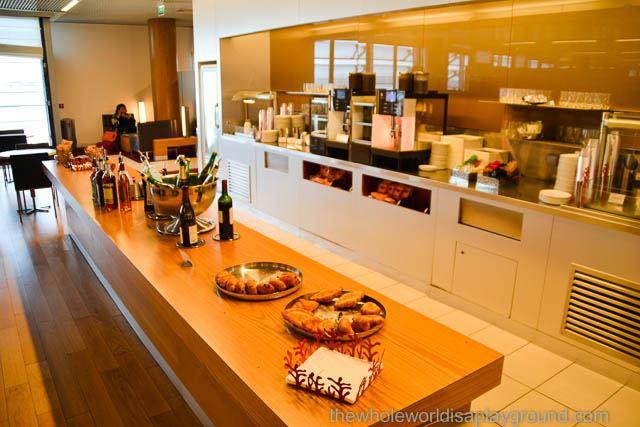 Air France Business Class Lounge: Terminal 2E, Charles de Gaulle Airport, Paris