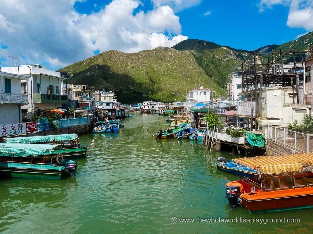 How to get to Big Buddha Lantau Tai O ©thewholeworldisaplayground