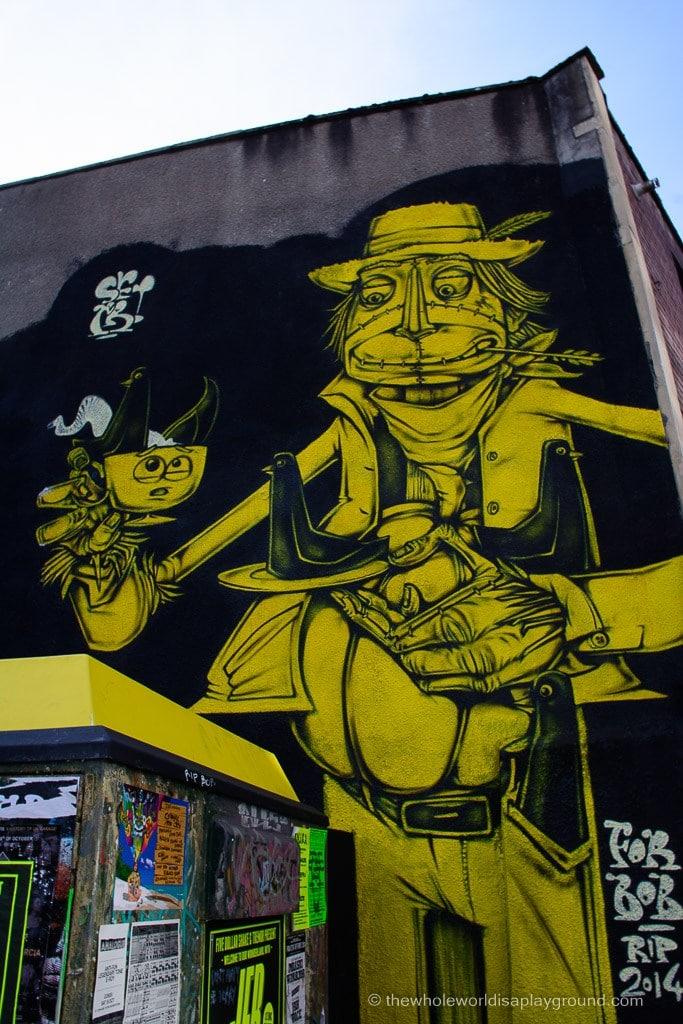 Bristol Banksy street art ©thewholeworldisaplayground