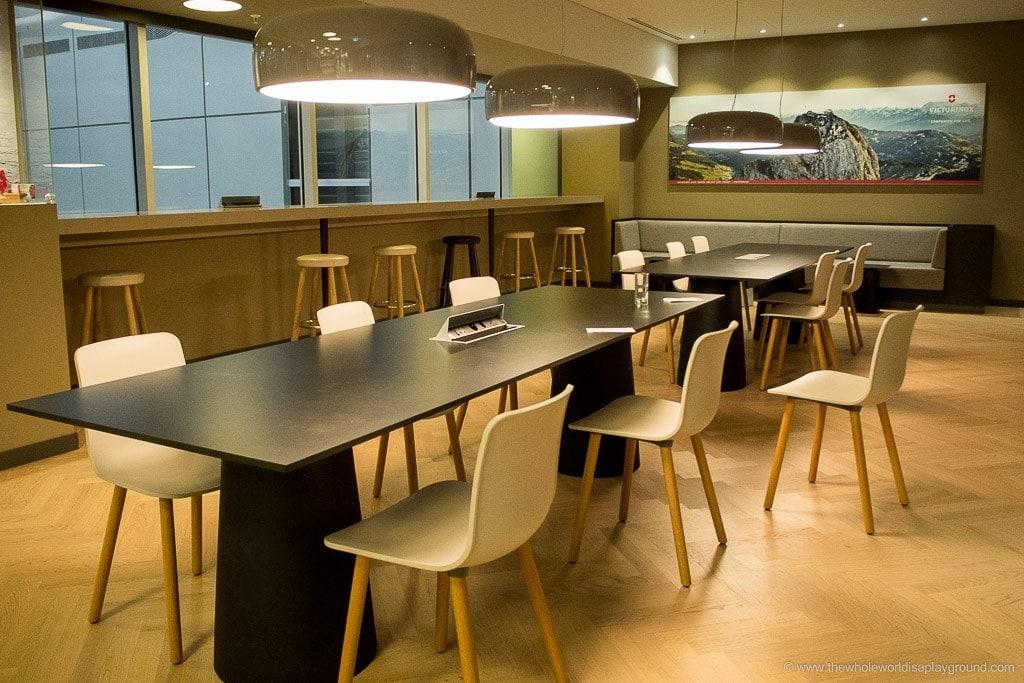 OneWorld Lounge Zurich airport ©thewholeworldisaplayground