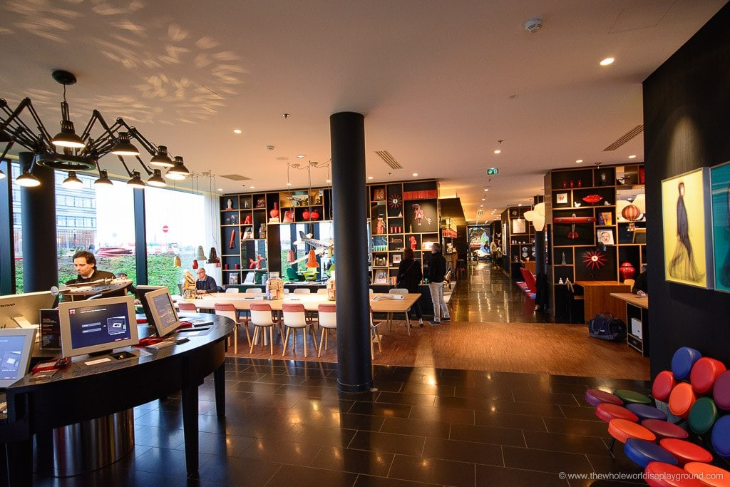 citizenM Paris Charles de Gaulle review ©thewholeworldisaplayground