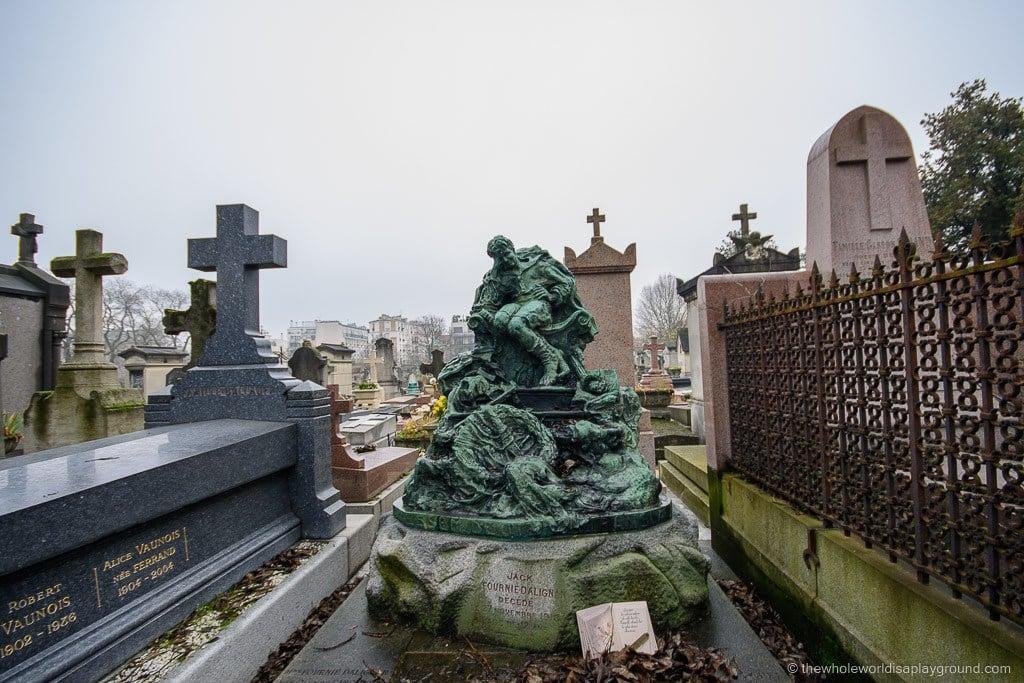 Père Lachaise Cemetery Paris (16)