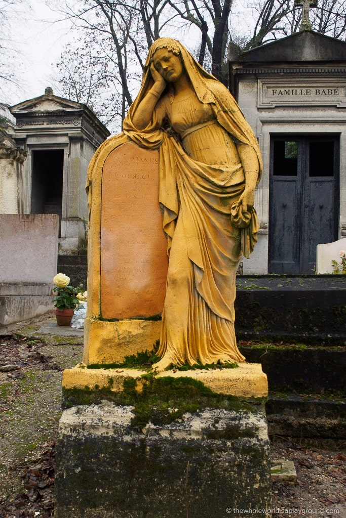 Père Lachaise Cemetery Paris ©thewholeworldisaplayground.com
