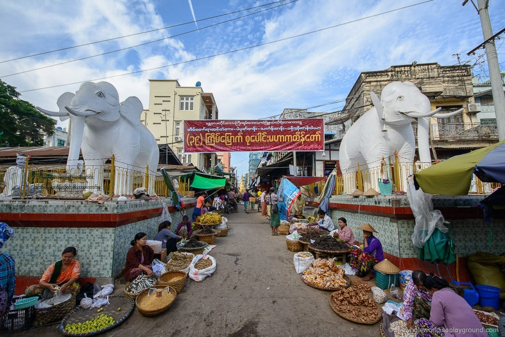 2 weeks Myanmar Itinerary Bagan Mandalay ©thewholeworldisaplayground