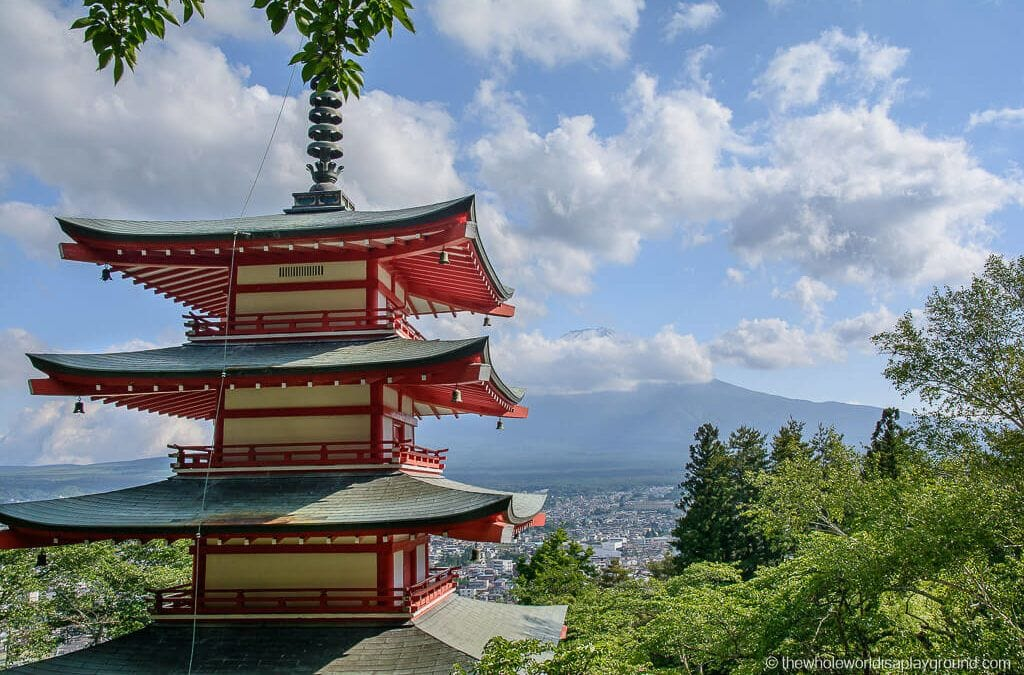 How to get to Chureito Pagoda from Tokyo