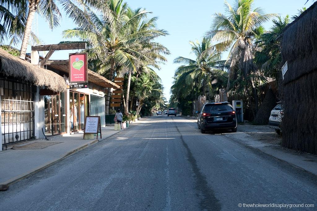 Renting a car in Cancun