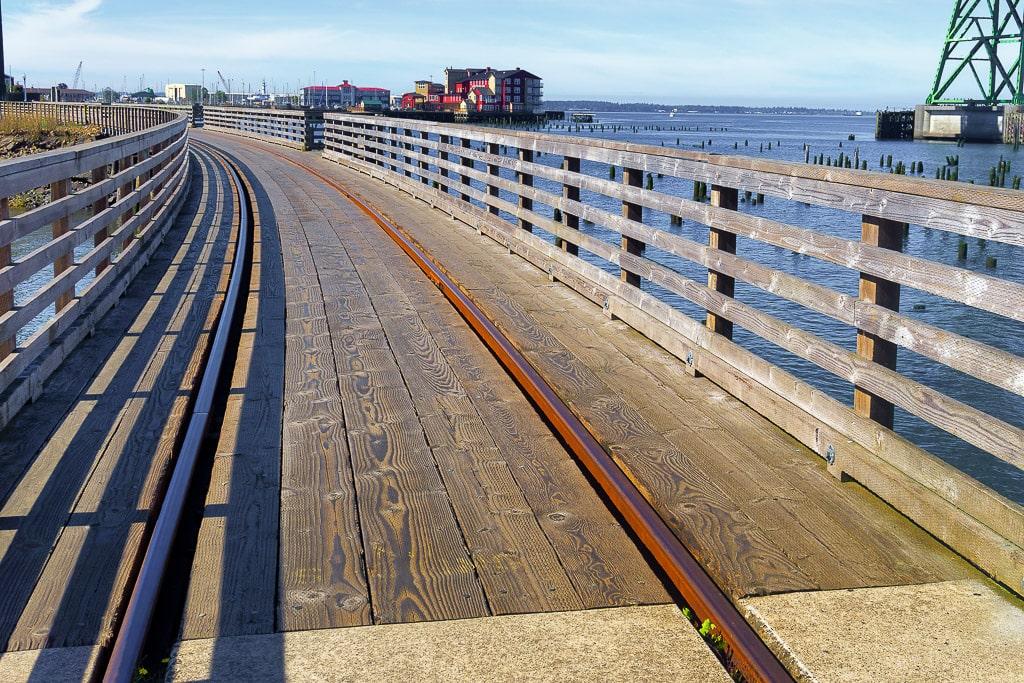 Astoria Riverfront Trolley track